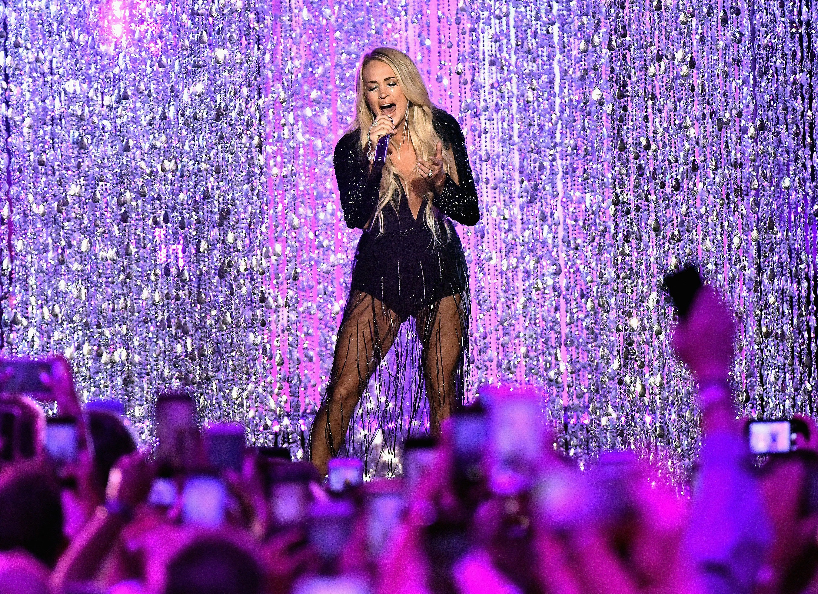 "Carrie Underwood performs ""Cry Pretty"" at the 2018 CMT Awards."